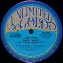 "Barry White - It aint love babe / Hung up in your love (12"" Vinyl Record)"